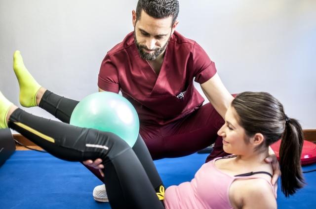 Kompleksowy-zakres-rehabilitacj-dla-sportowcow-i-osob-po-urazach-ortopedycznych